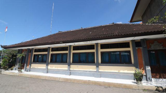 Gedung B SMK N 1 Mas